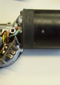 0390442062 Bosch Wischermotor Scheibenwischer Motor 24V, LKW MAN F7 F8 F9 13.168 Neu, Ersatzteil kann Spuren der Lagerung aufweisen.